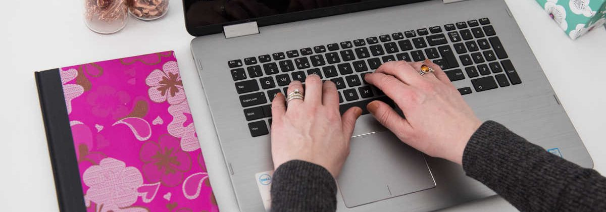 Elizabeth Harrin typing